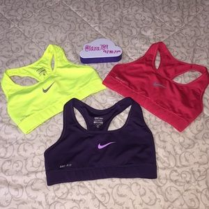 3 Nike Sports Bra